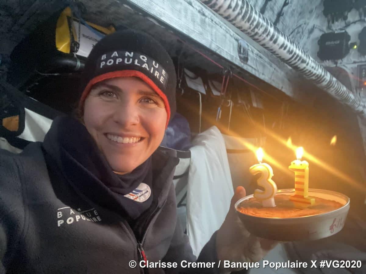 Кларисса Кремер отпраздновала свой 31-й день рождения у самой отдаленной точки Мирового океана - точки Немо
