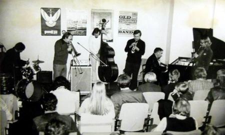 Одна из встреч в Донецком джазовом клубе