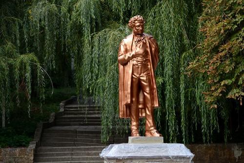 Новый памятник А.С. Пушкину