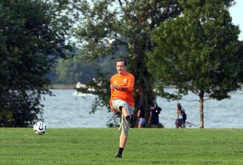 Футбол на берегу Потомака