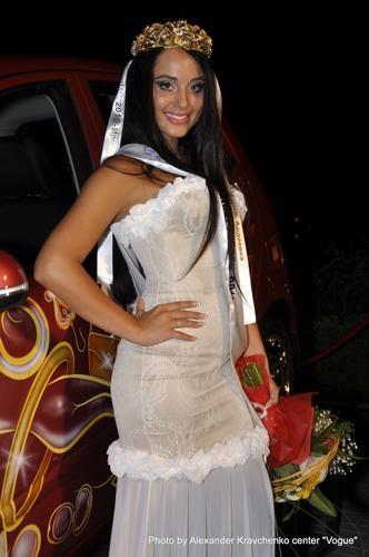 Студентка из Одессы - Мисс Донбасс 2011