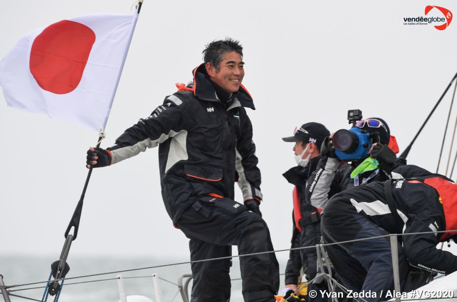 Японский шкипер Коджиро Шираиши 30 лет мечтал о гонке Vendee Globe